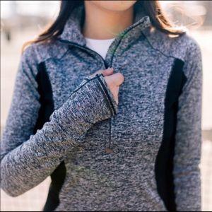 Athleta Running Wild 1/2 Zip Up Pullover Navy S